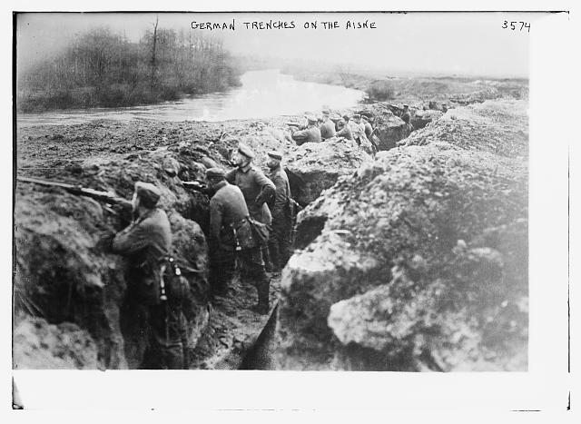 Photograph shows German soldiers in trenches along the Aisne River in France during World War I