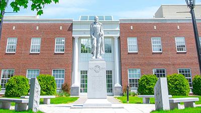 norwich university campus, alden partridge statue