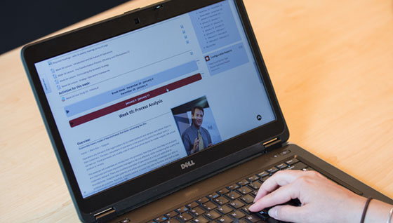 laptop with norwich online classroom
