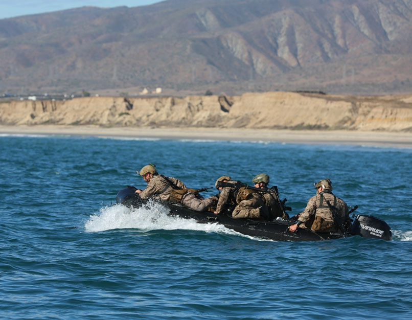 amphibious warfare modern photo