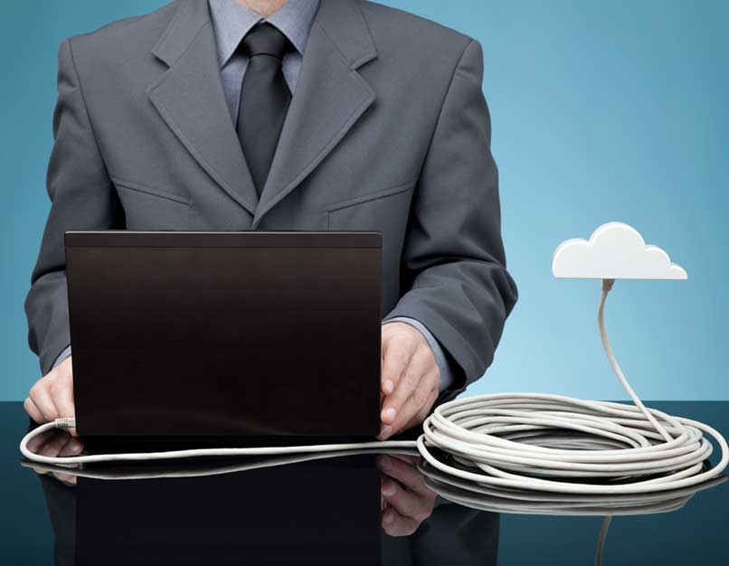laptop, cord from laptop to cloud