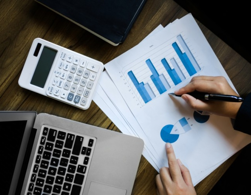 A nonprofit accountant works on a budget.
